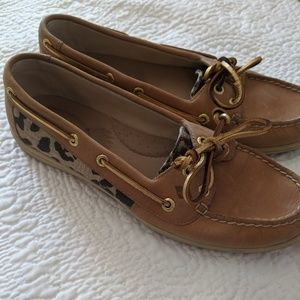 Sperry top Sider leopard print boat shoes